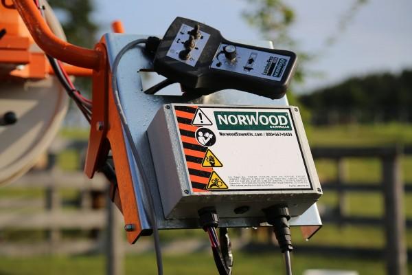 Hlava píly Norwood s nastavením výšky a posuvom